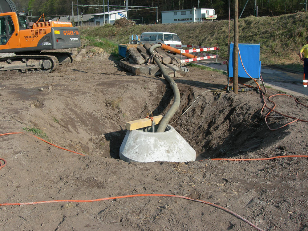 Mise en place d'un puits filtrant (dans la nappe phréatique)
